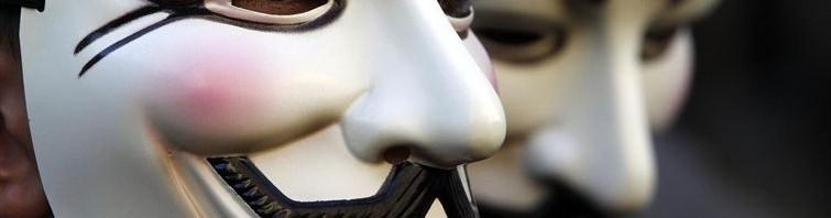 Anonymous amenaza con dejar a todo el mundo sin conexión a Internet